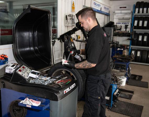 tyre-specialist-near-cheadle